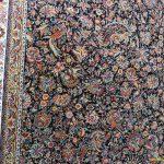 فرش سرمه ای افشان گل مرغی